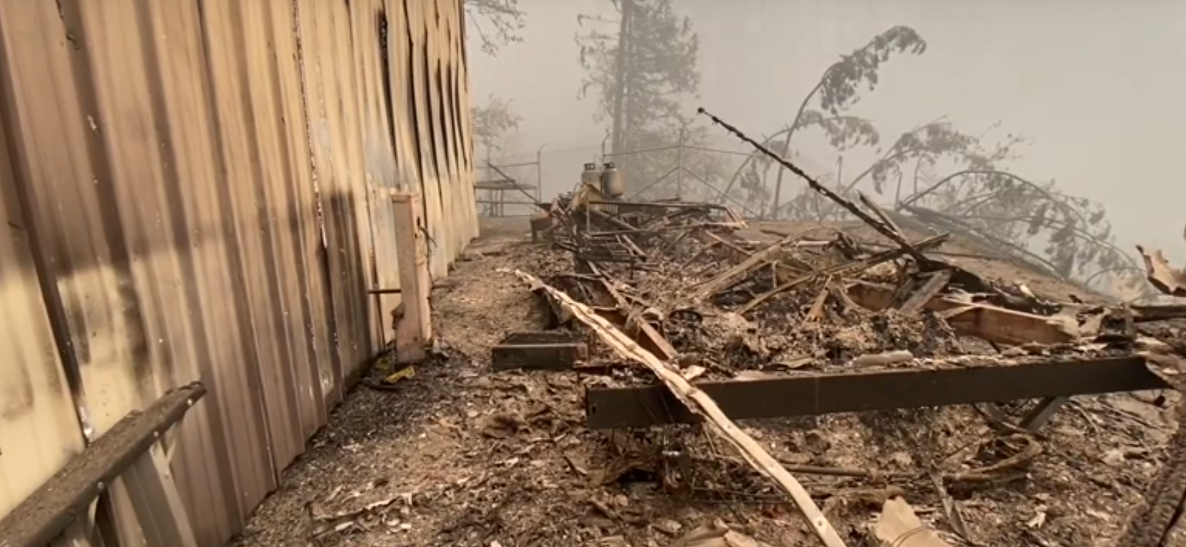Unprecedented wildfires threaten hatcheries in Oregon, USA